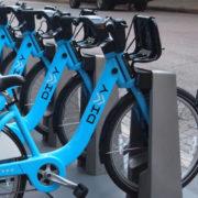 Una Bicicleta lo Espera en Chicago