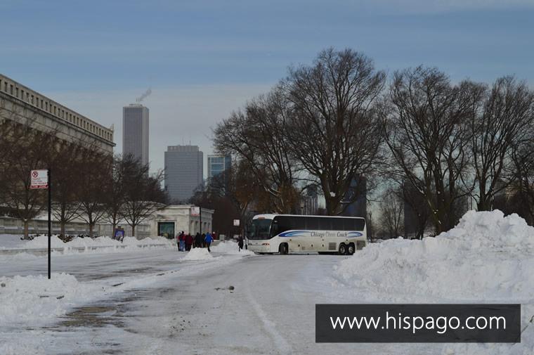Turistas entrando al Museo Field de Chicago – Enero 2014