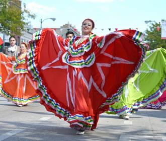Desfile de la Independencia de México de la Calle 26